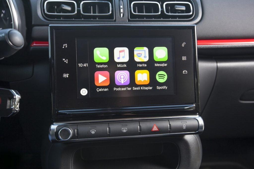 yeni-citroen-c3-multimedya-ekran-carplay